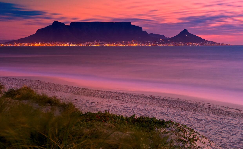 Città del Capo di notte, stupenda