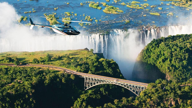 Victoria Falls viste dall'elicottero